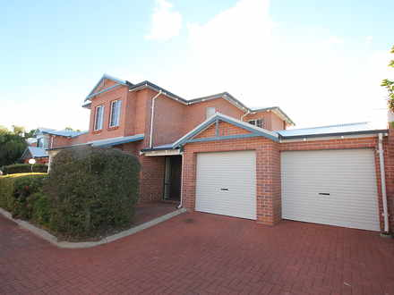 Townhouse - 18/130 Keightle...