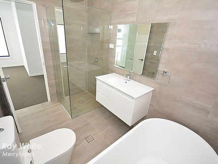 Eef29732908e81b87acfd7e6 12550 bathroom 1491696502 thumbnail