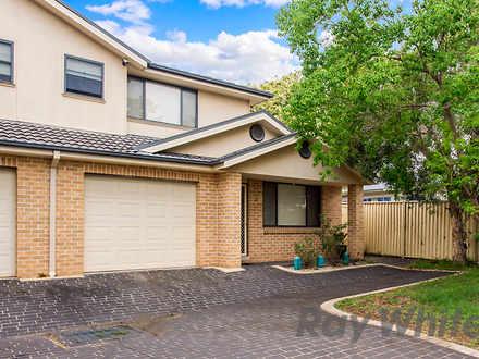 House - 3/299 Macquarie Str...
