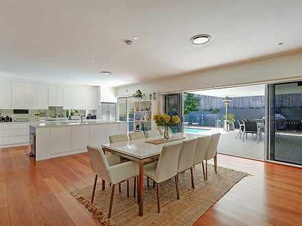 House - 4 Bayview Street, T...