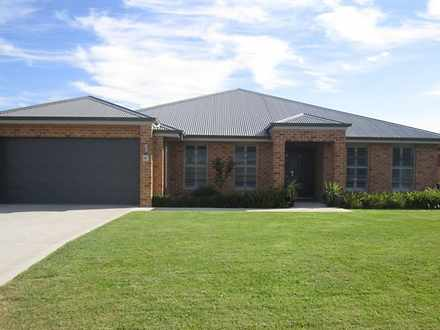 House - 60 Ashworth Drive, ...