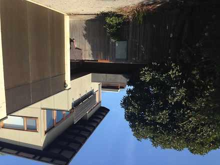 Townhouse - 2/18 Domain Roa...