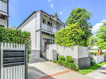 House - 2/70 Overend Street...