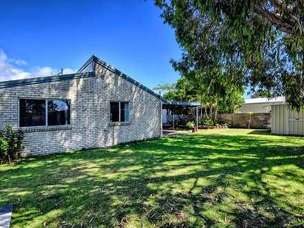 House - 32 Boronia Crescent...