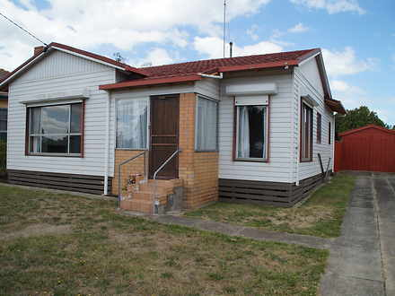 House - 10 Robertson Street...