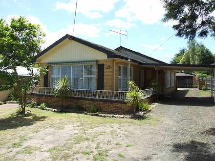 House - 12 Ford Avenue, New...