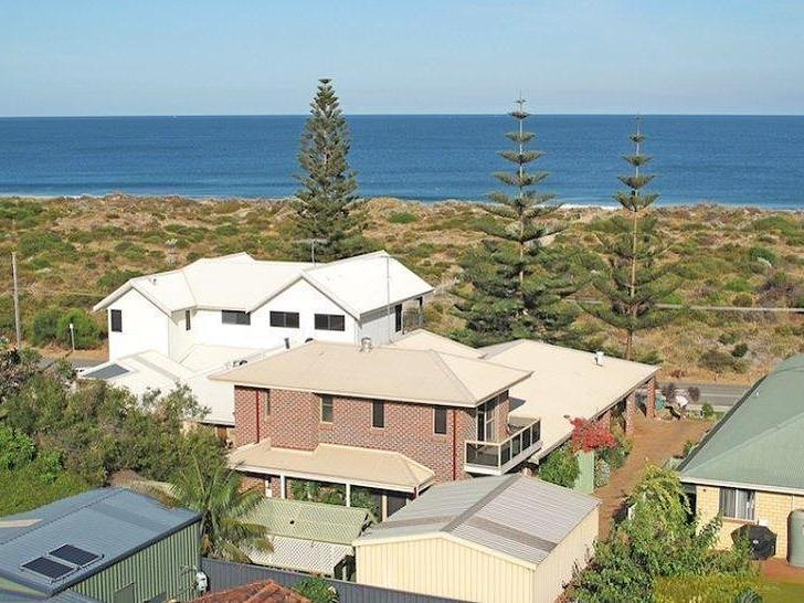 House - 30 Foreshore Drive,...