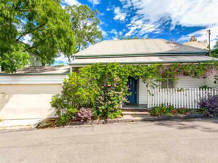 House - 18 Gladstone Street...