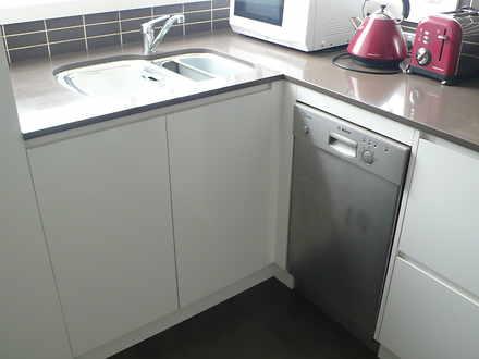 Apartment - 21 East Crescen...