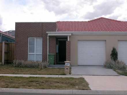 House - 30 Lakeside Drive, ...
