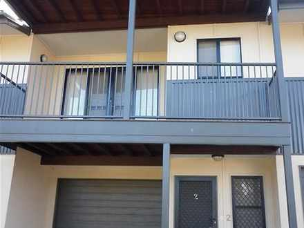 Townhouse - 2/45A Law Stree...