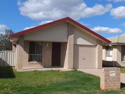 House - 4 Tasman Place, Tam...
