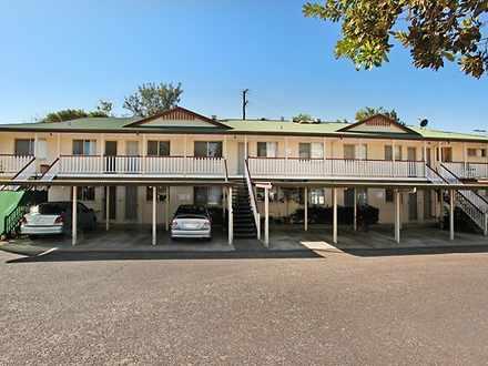 House - 2/34 Mary Street, N...