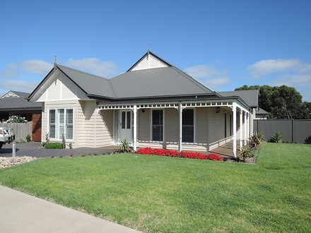 House - 155 Station Road, N...