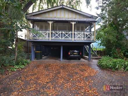House - 11 Eskgrove Street,...
