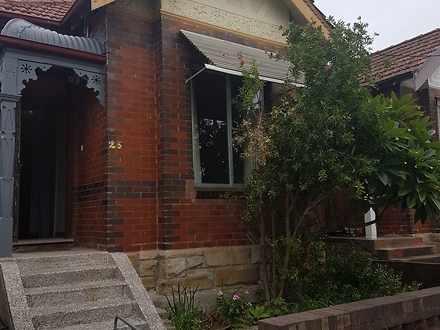 House - 26 Church Street, M...