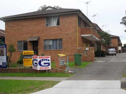 Townhouse - 1/9 Myall Stree...