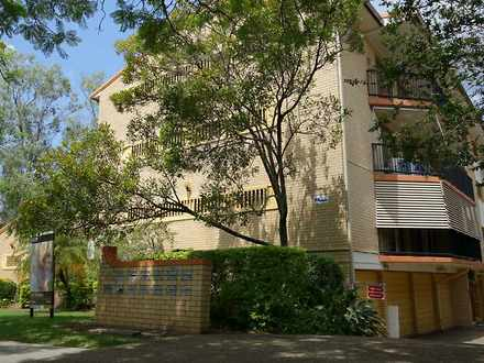 Unit - 1/116 Clarence Road,...