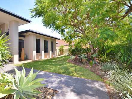 House - 54/40 Cotlew Street...