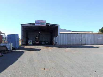 Warehouse - 689 Shanks Road...