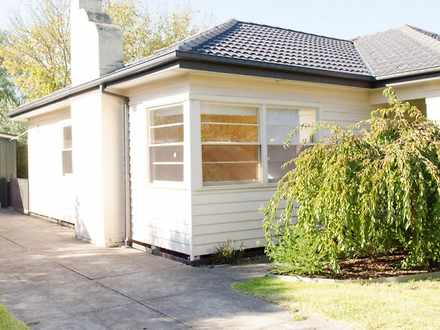 House - 885 Centre Road, Be...