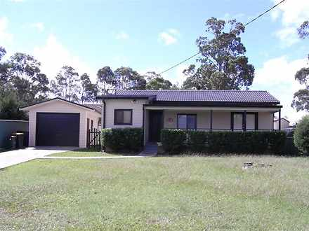 House - Sydney Avenue, Call...