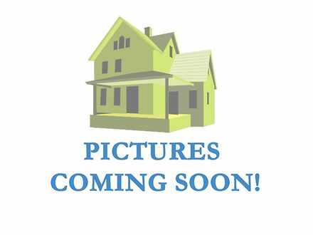 Townhouse - 10 Selset Lane,...