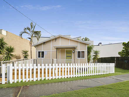 House - 1 Seaview Street, K...