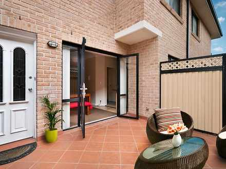 Unit - 2/72 Morts Road, Mor...