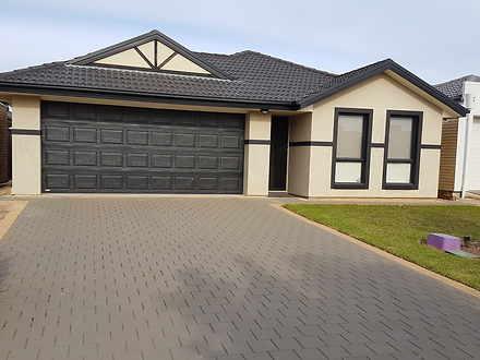 House - 14 Wattlebird Drive...