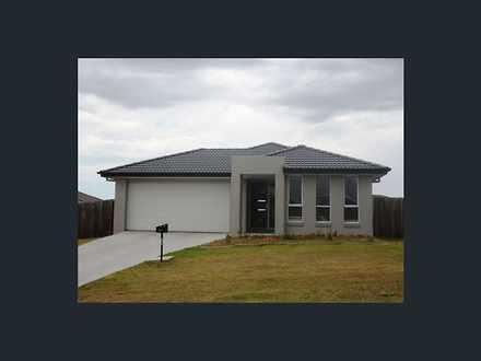 House - 43 Peregrine Drive,...