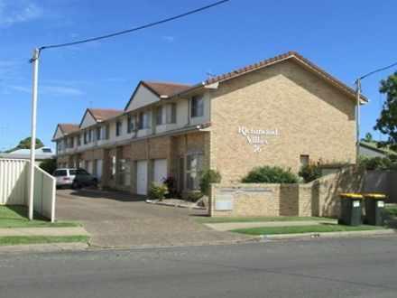 House - 2/76 Burnett Street...