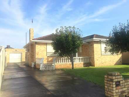 House - 17 Highridge Cresce...