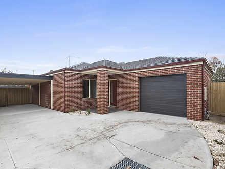 House - 2/127 Ballarat Road...