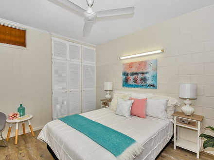 Townhouse - 2/6 Musgrave Cr...