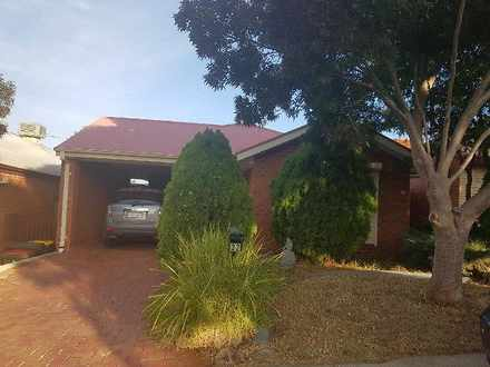 House - 32 Dalrymple Way, G...