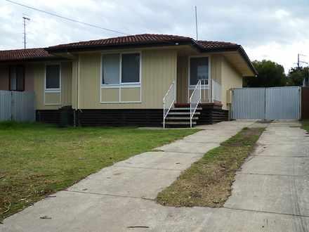 House - 10 Koonella Street,...
