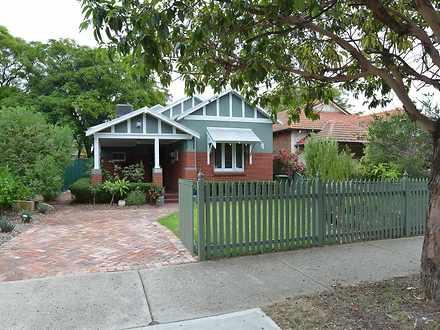 House - 149 Flinders Street...