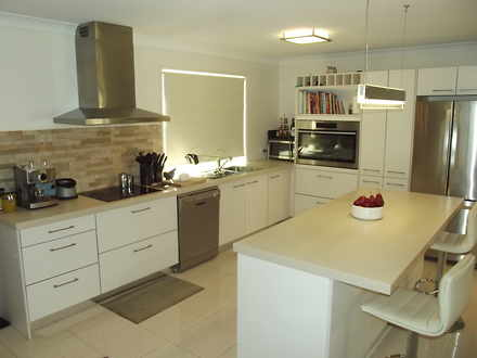 House - Banksia Beach 4507,...
