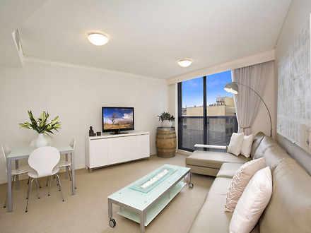 Apartment - 1409/30 Glen St...