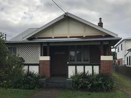 House - 4 Forth Street, Kem...