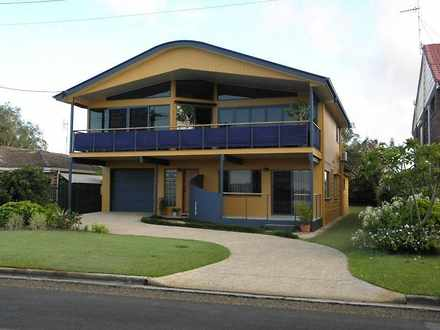 House - 184 Esplanade, Gold...