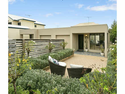 Townhouse - 59B Anderson St...