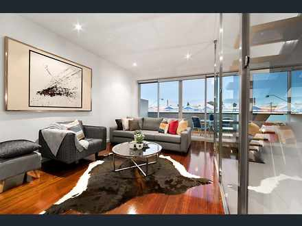 Townhouse - Queens Parade, ...