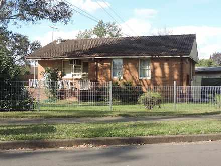 House - 9 Magellan Avenue, ...