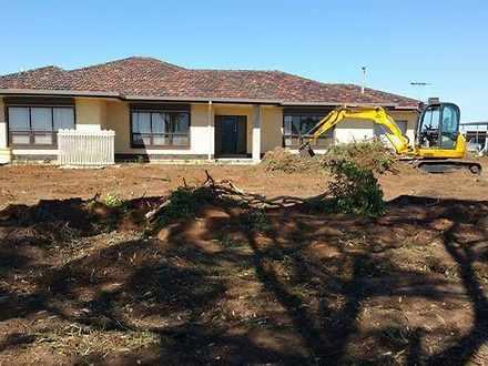 House - 801 Old Port Wakefi...