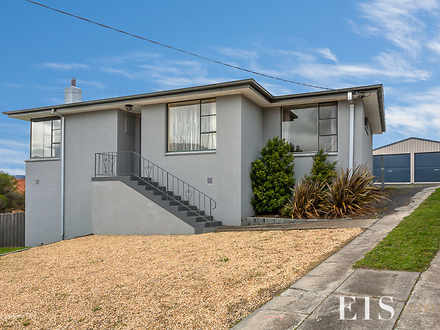 House - 10 Elanore Place, G...