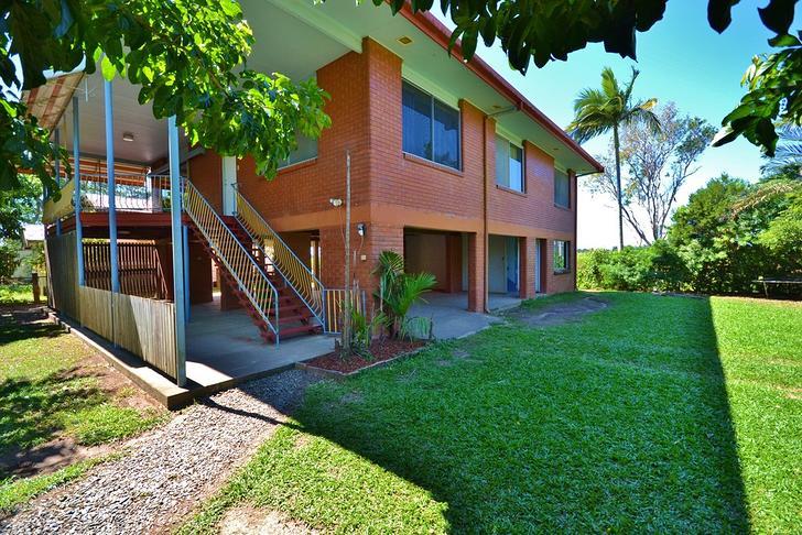House - 1042 Kamerunga Road...