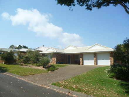 House - 29 Crossley Drive, ...