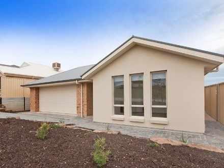 House - 25 Lanyard Road, Se...